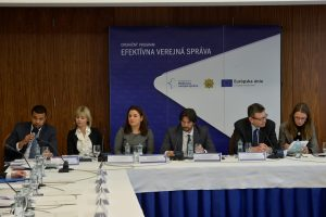 Členovia Monitorovacieho výboru pre OP EVS