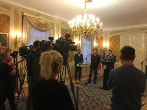 Tlačová beseda predsedu vlády k dopytovo-orientovaným výzvam pre MNO